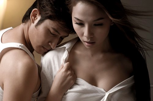 Huy Khánh, Quỳnh Thư diễn